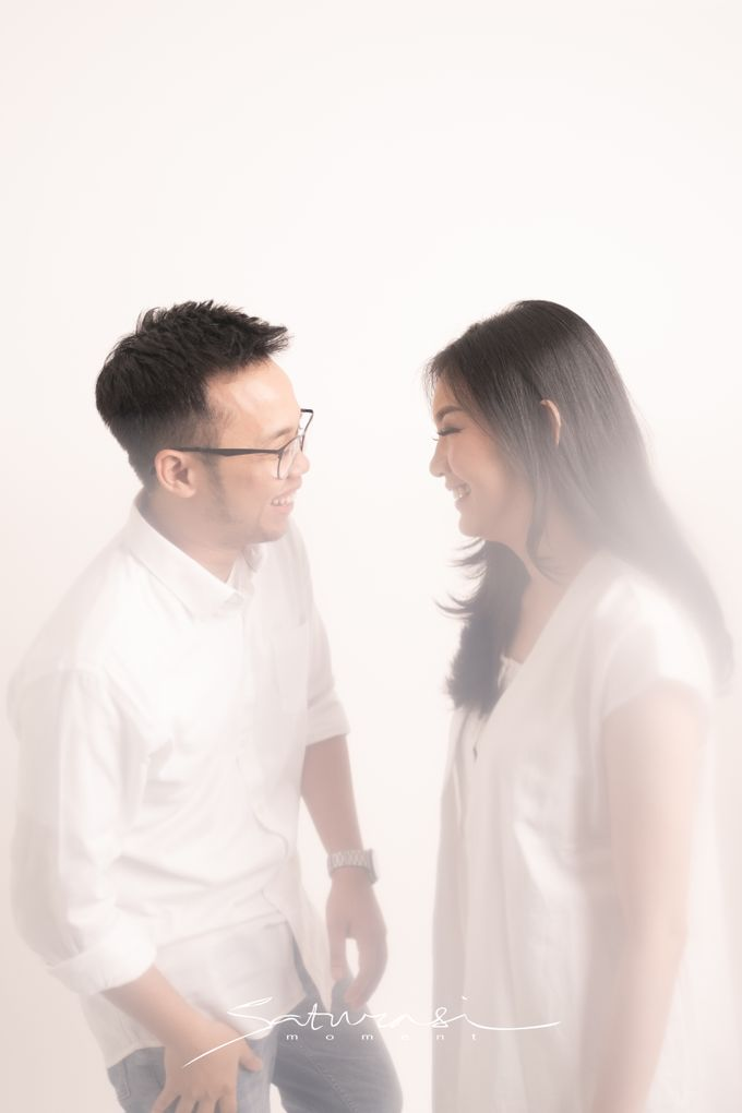 Pre Wedding of  Nadya and Tezza by Saturasi Moment - 003