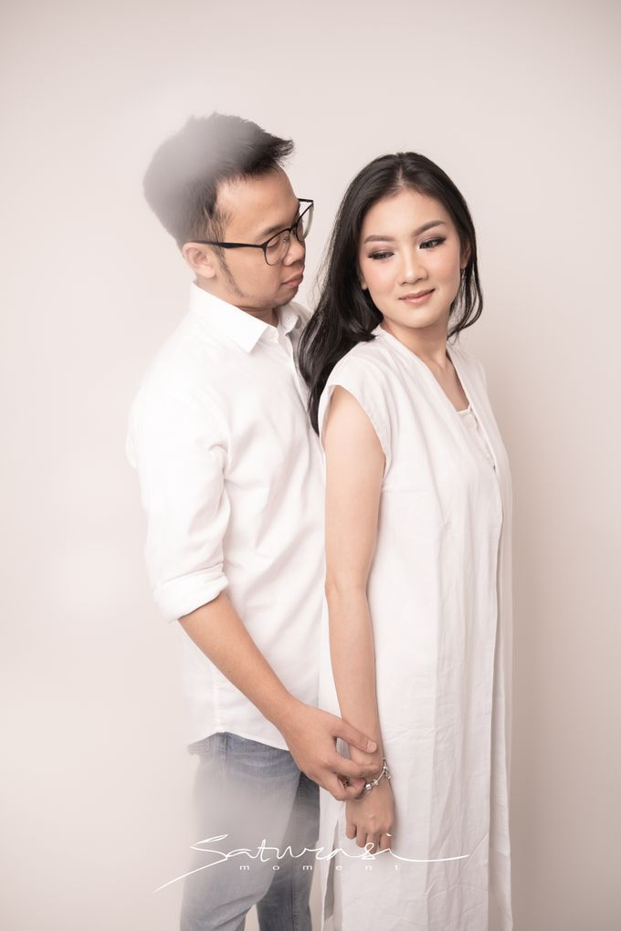 Pre Wedding of  Nadya and Tezza by Saturasi Moment - 007