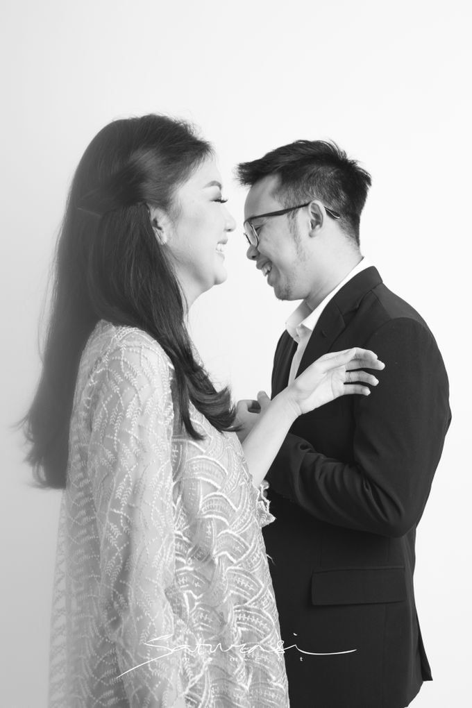 Pre Wedding of  Nadya and Tezza by Saturasi Moment - 009