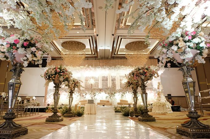 The Wedding of Agung & Sandra - The Westin by The Swan Decoration - 004