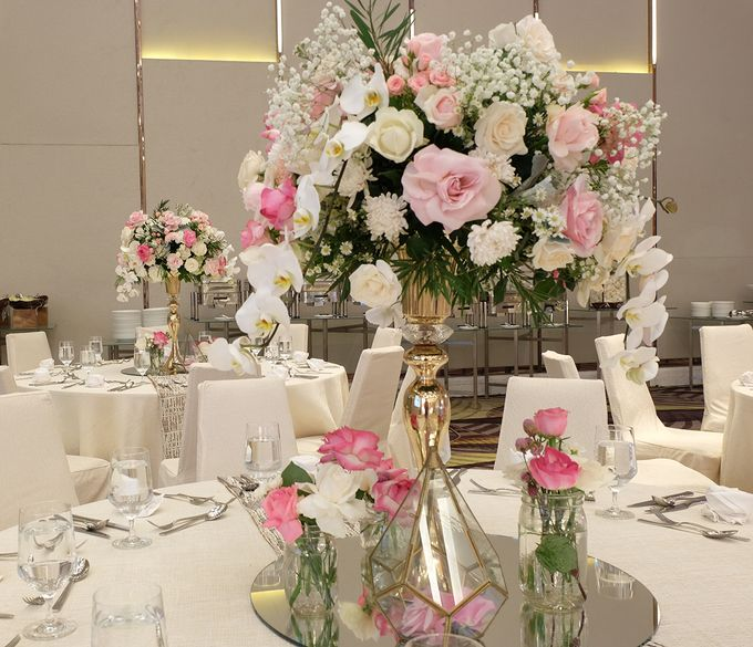 The Wedding of Agung & Sandra - The Westin by The Swan Decoration - 006