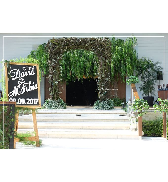 David & Marshia by Yulika Florist & Decor - 001