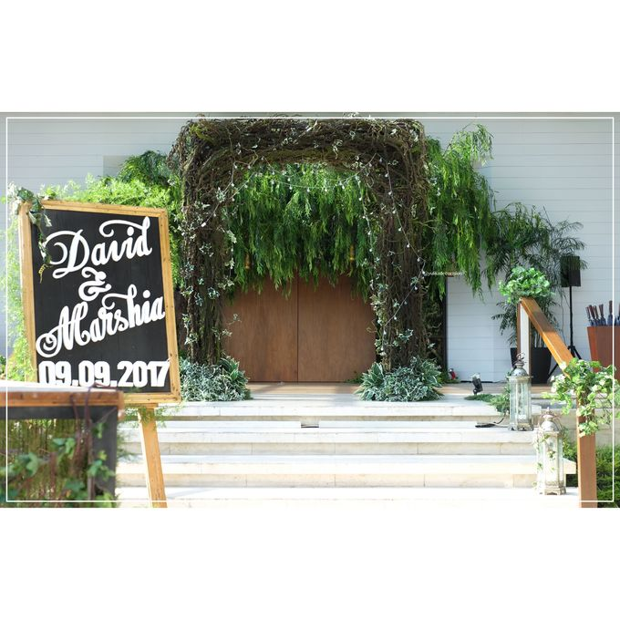David & Marshia by Yulika Florist & Decor - 010