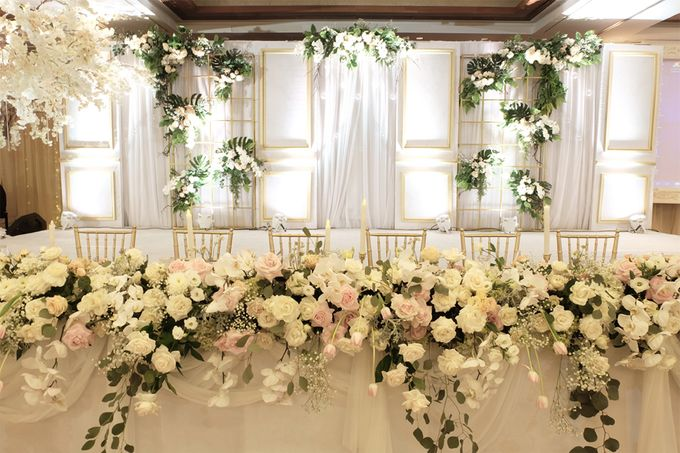 The Wedding of Reynardi & Yoana - Mandarin Oriental by The Swan Decoration - 004