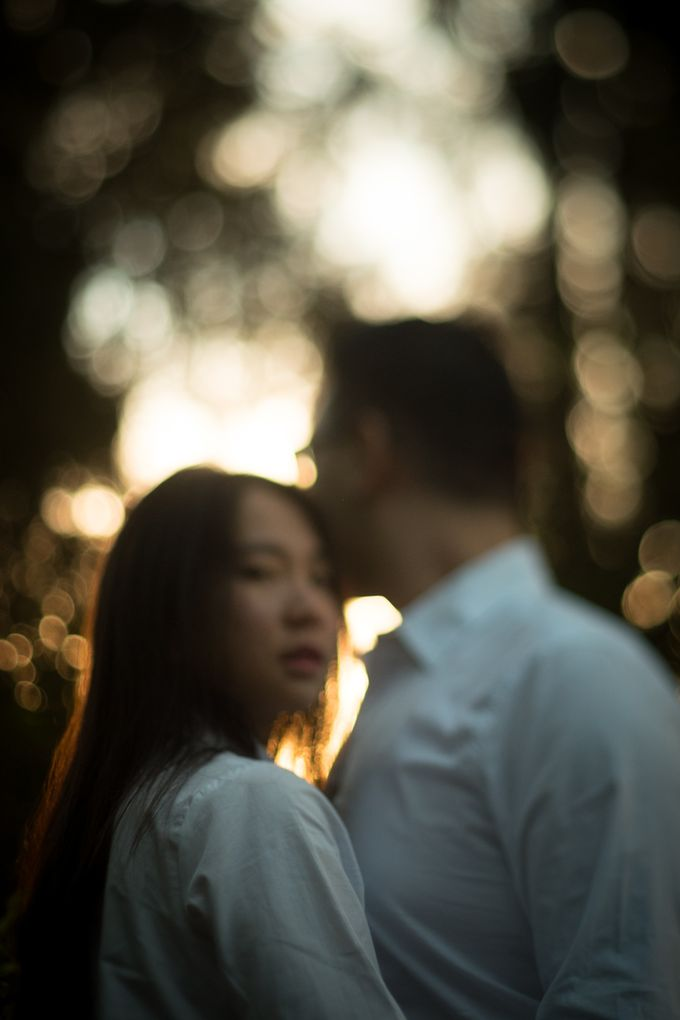 Pre Wedding Of Puput and Ferry by Saturasi Moment - 003