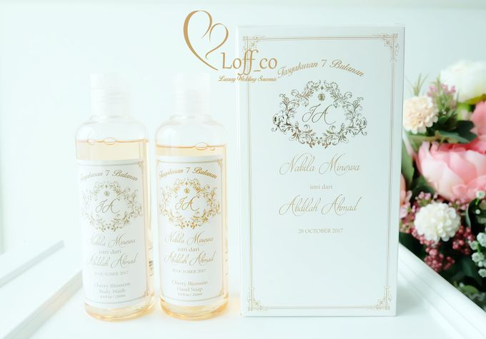 Deep Cleansing Hand Soap and Shower Gel by Loff_co souvenir - 023