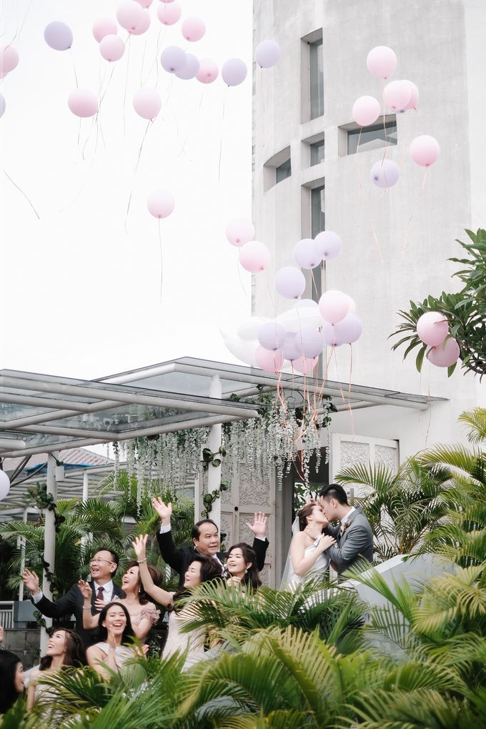 Wedding Day by Yos - Joey Stevina by The Ritz-Carlton Jakarta, Mega Kuningan - 008