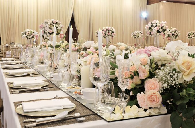 The Wedding of Reynardi & Yoana - Mandarin Oriental by The Swan Decoration - 009