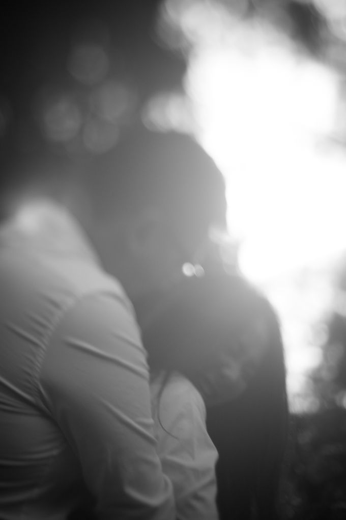 Pre Wedding Of Puput and Ferry by Saturasi Moment - 009