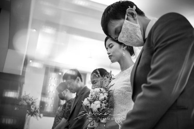 Intimate Wedding of Astri & Aldo by Saturasi Moment - 019