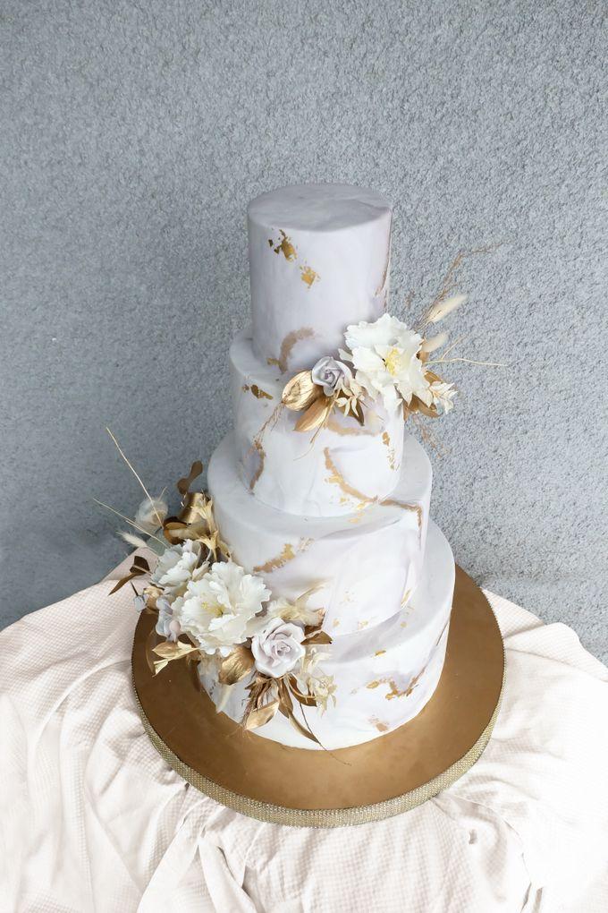The Wedding of Wurika & Farhan by KAIA Cakes & Co. - 002