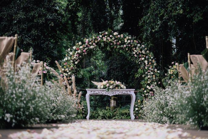 Wedding at Riverside by Bali Flower Decor - 002