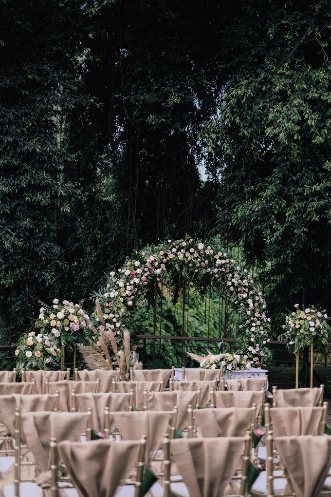 Wedding at Riverside by Bali Flower Decor - 003