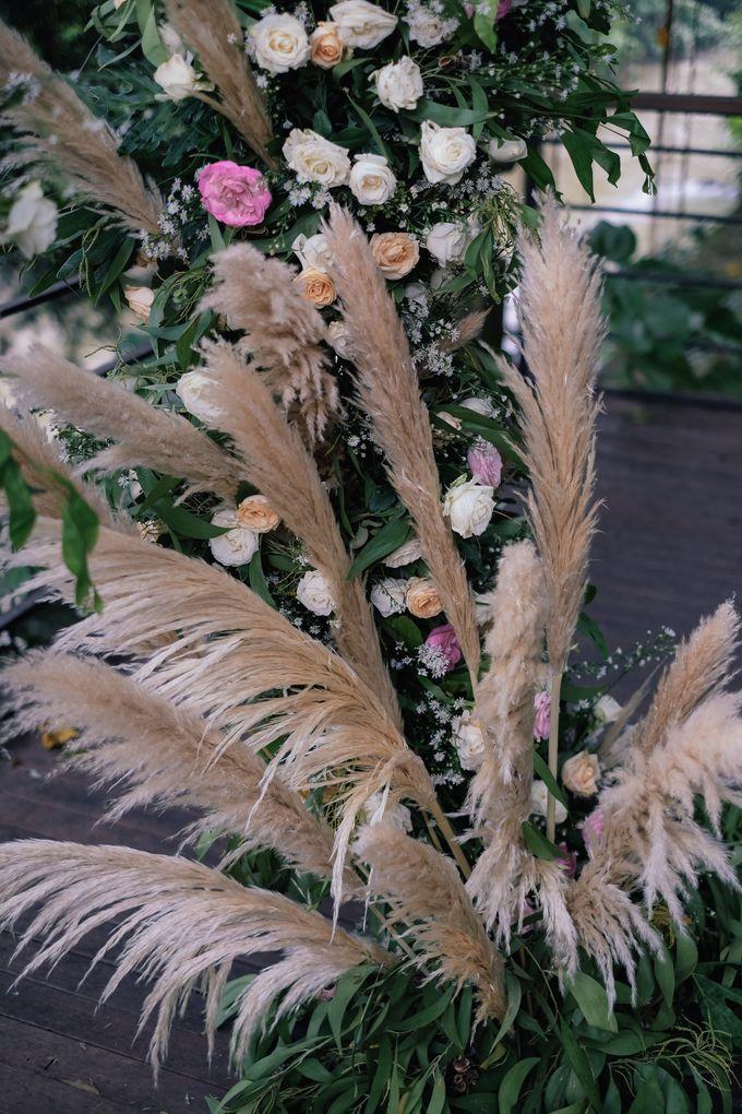 Wedding at Riverside by Bali Flower Decor - 006