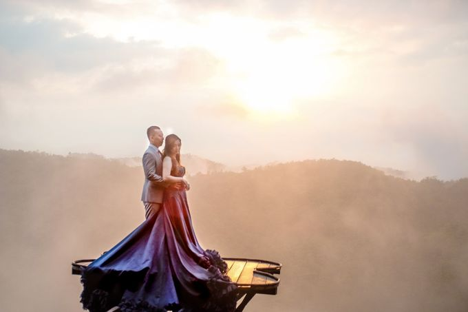 the Pre Wedding story of Febby & Vidi by Bondan Photoworks - 011