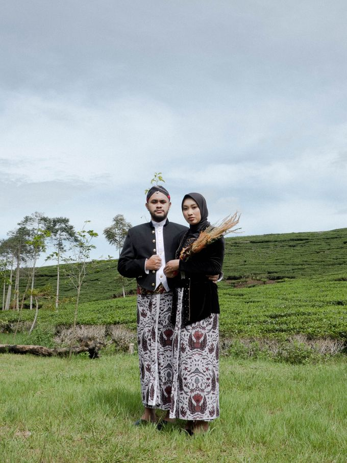 Couple Session of Arif & Ayu (Javanesse Modern) by Agah Harsa Photo - 010