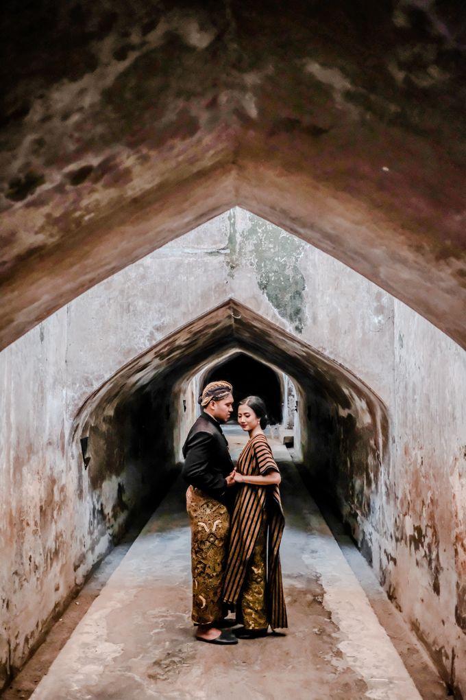 Pre Wedding Ines & Moses by Bondan Photoworks - 043