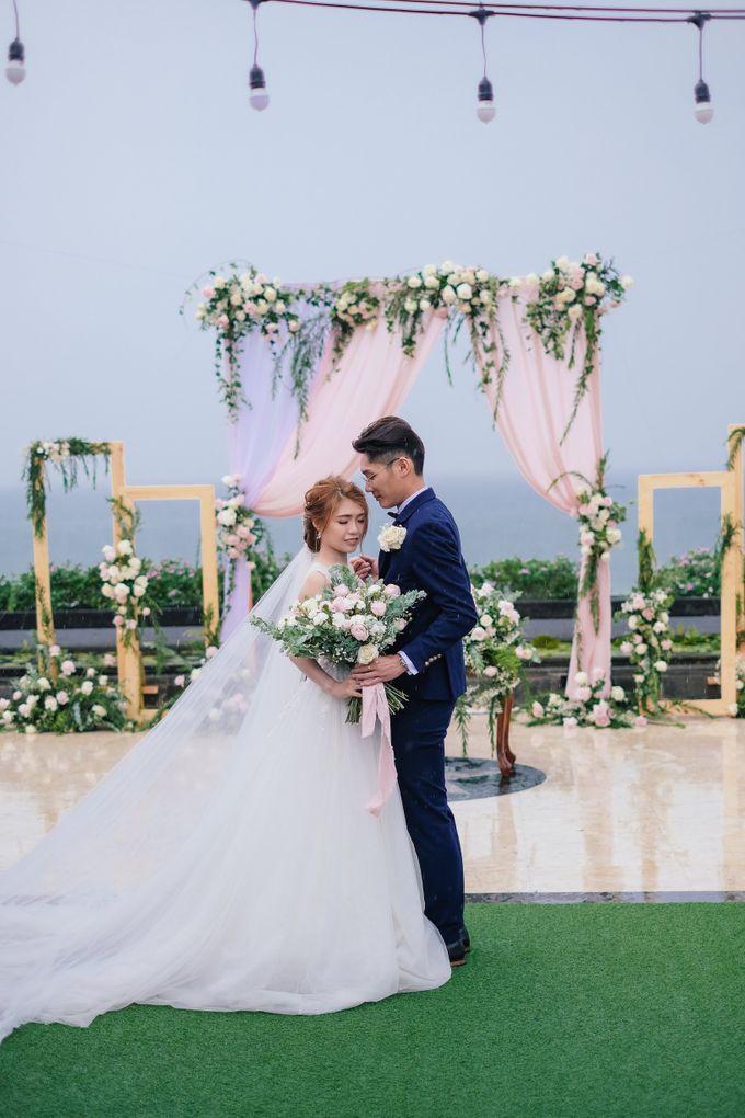 Lucas and Mavis Wedding by Jimbaran Bay Beach Resort and Spa - 005