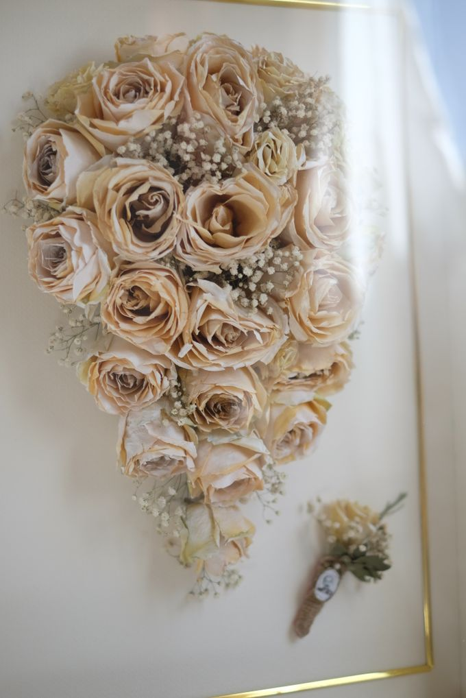 Cascading Bouquet by Camila V Flower Preservation Studio - 003