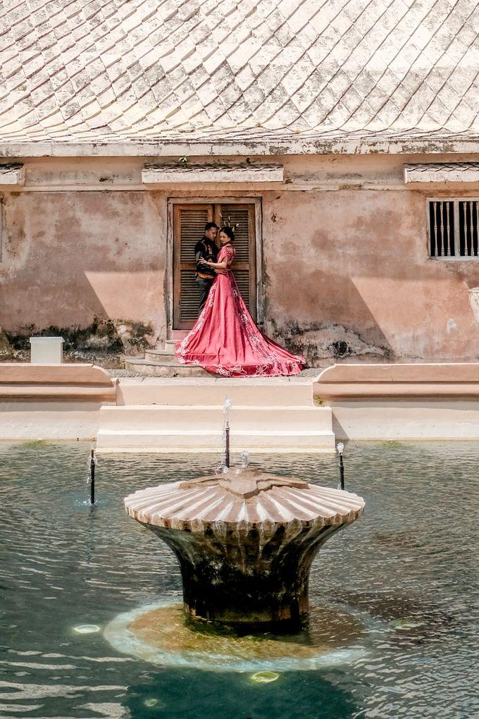 Pre Wedding Ines & Moses by Bondan Photoworks - 022
