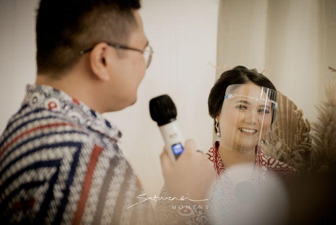 An Engagement of Riri dan Rama by Saturasi Moment - 012
