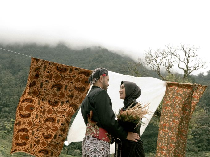 Couple Session of Arif & Ayu (Javanesse Modern) by Agah Harsa Photo - 019
