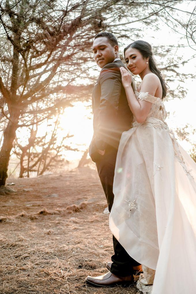 Pre Wedding Ines & Moses by Bondan Photoworks - 025