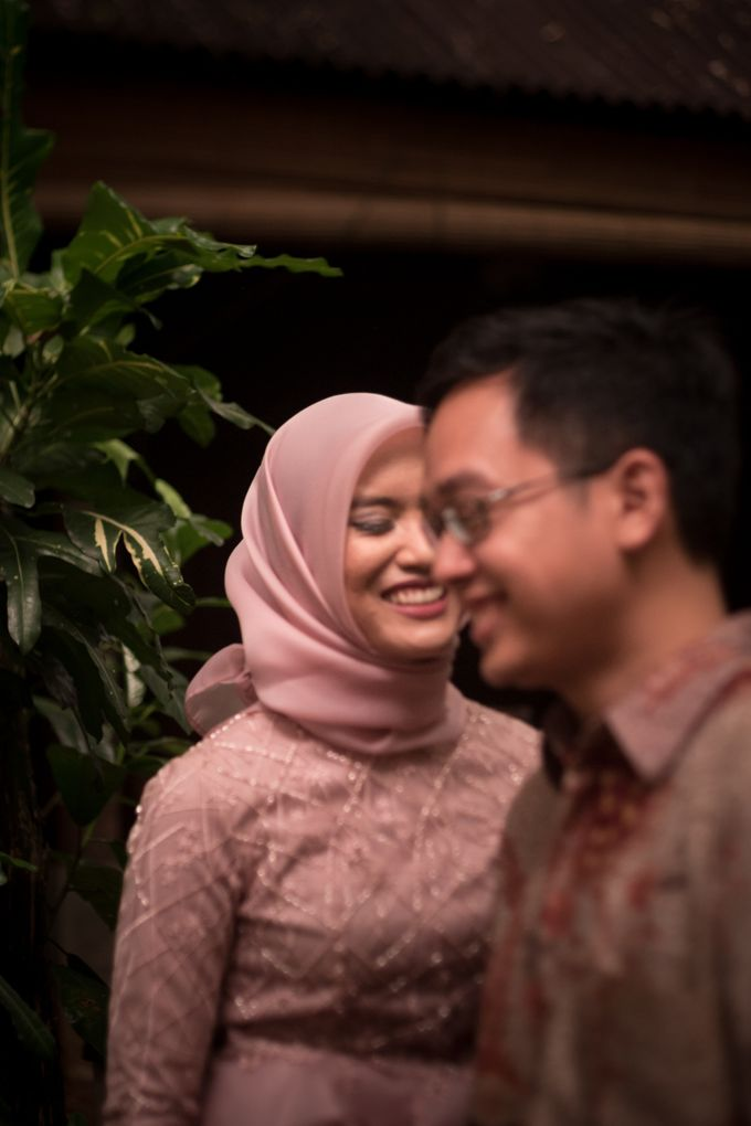 Engagement of Qintha and Arif by Saturasi Moment - 014