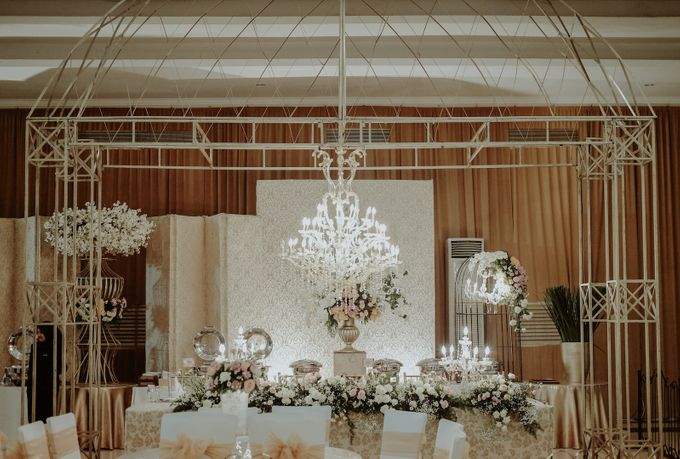 Wedding of michael sheren by minity catering bridestory add to board wedding of michael sheren by minity catering 002 junglespirit Images