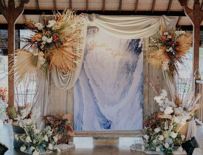 Putri and Yudhi Wedding by Bali Flower Decor - 001