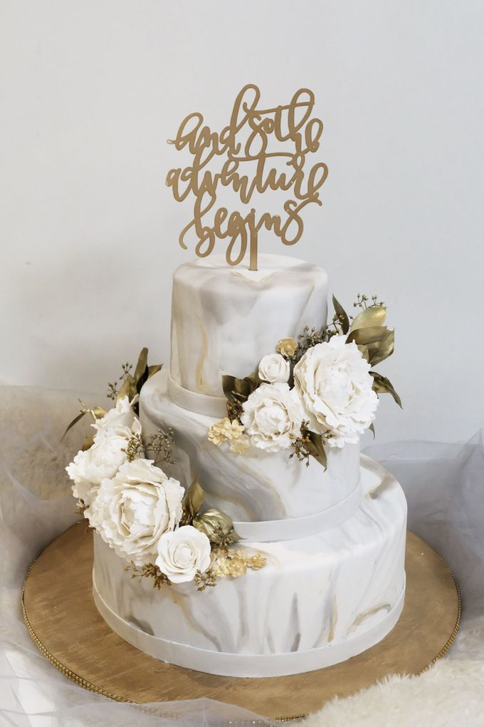 Three Tiered Marble Cake with Sugar Flower by KAIA Cakes & Co. - 008
