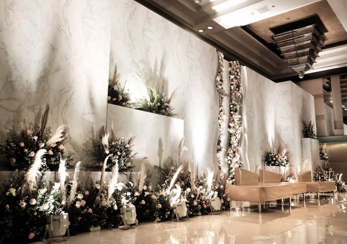 William & Devie - Grand Hyatt Jakarta by The Swan Decoration - 005