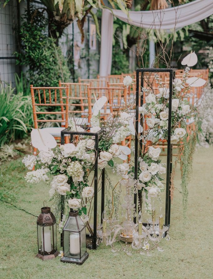 The Wedding of Ayutya and Panji by Bali Flower Decor - 001