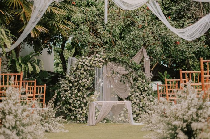 The Wedding of Ayutya and Panji by Bali Flower Decor - 007