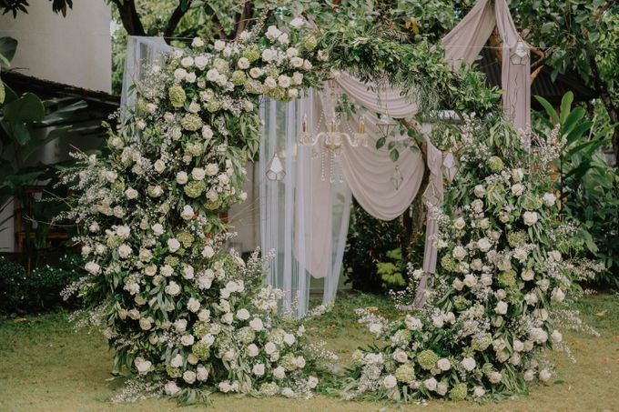 The Wedding of Ayutya and Panji by Bali Flower Decor - 008