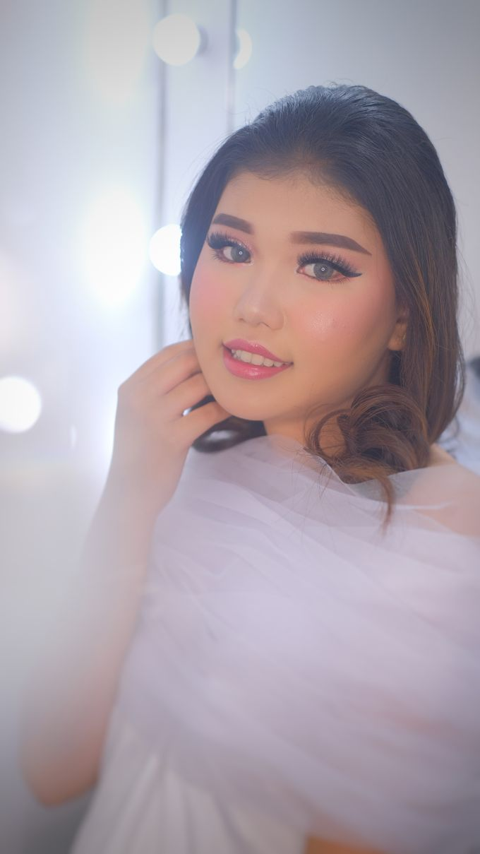Ms. Rindy by csmakeuparts - 001