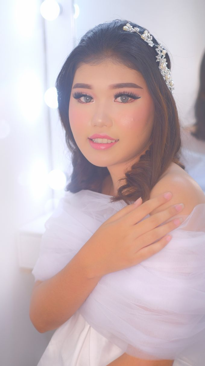 Ms. Rindy by csmakeuparts - 011