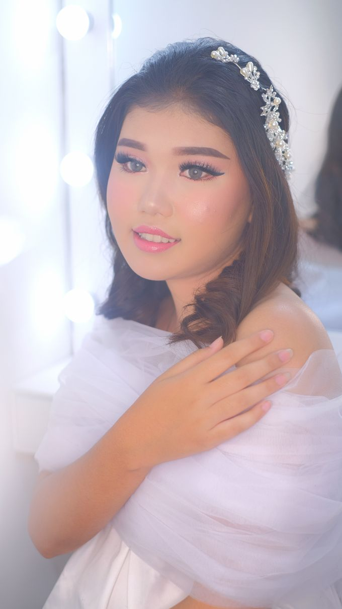 Ms. Rindy by csmakeuparts - 007