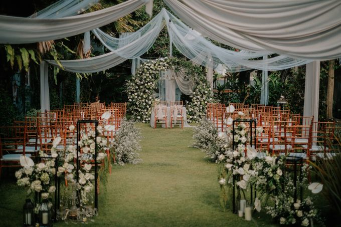 The Wedding of Ayutya and Panji by Bali Flower Decor - 012