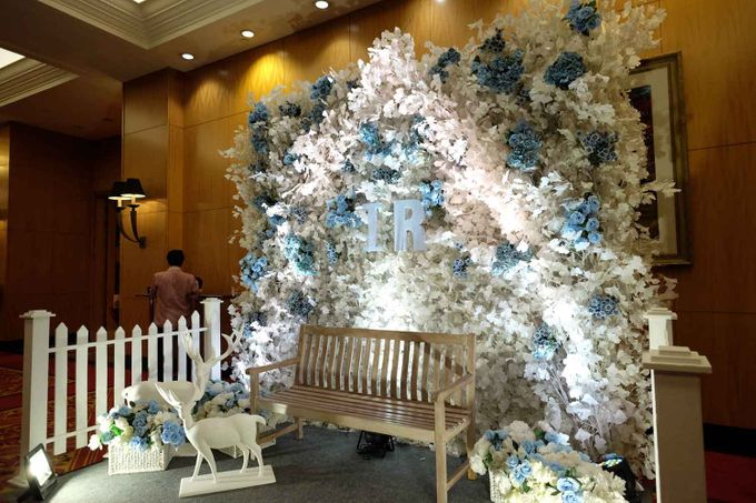 Ivan and Ria by 4Seasons Decoration - 001