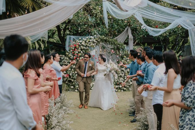 The Wedding of Ayutya and Panji by Bali Flower Decor - 018
