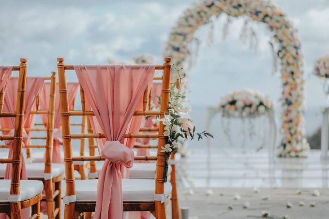Blush Pastel Wedding by Bali Flower Decor - 006