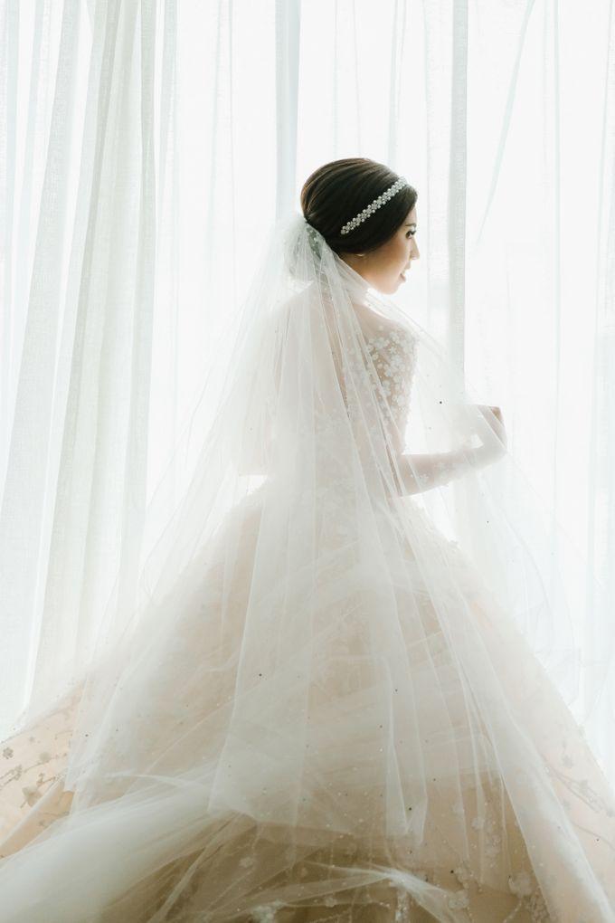 THE WEDDING OF DANIEL & NOVI by Alluvio - 028