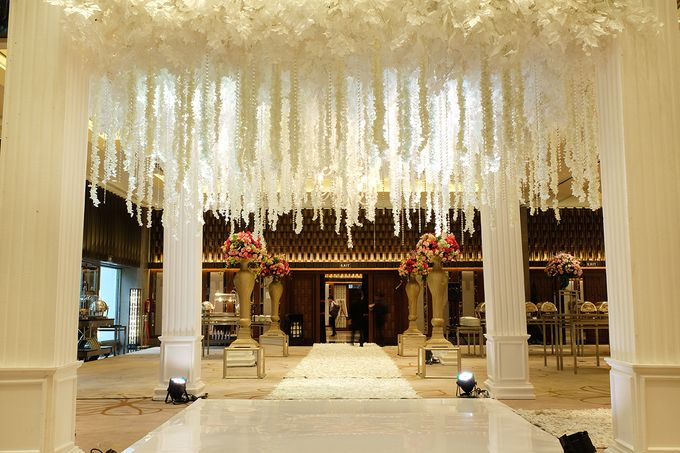 The Wedding of Aditya Riana - Ayana Midplaza Jakarta by The Swan Decoration - 019