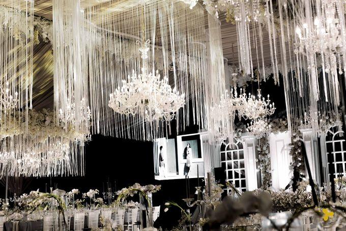 Classic Elegant by Designmill co. - 030