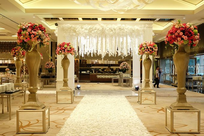 The Wedding of Aditya Riana - Ayana Midplaza Jakarta by The Swan Decoration - 029