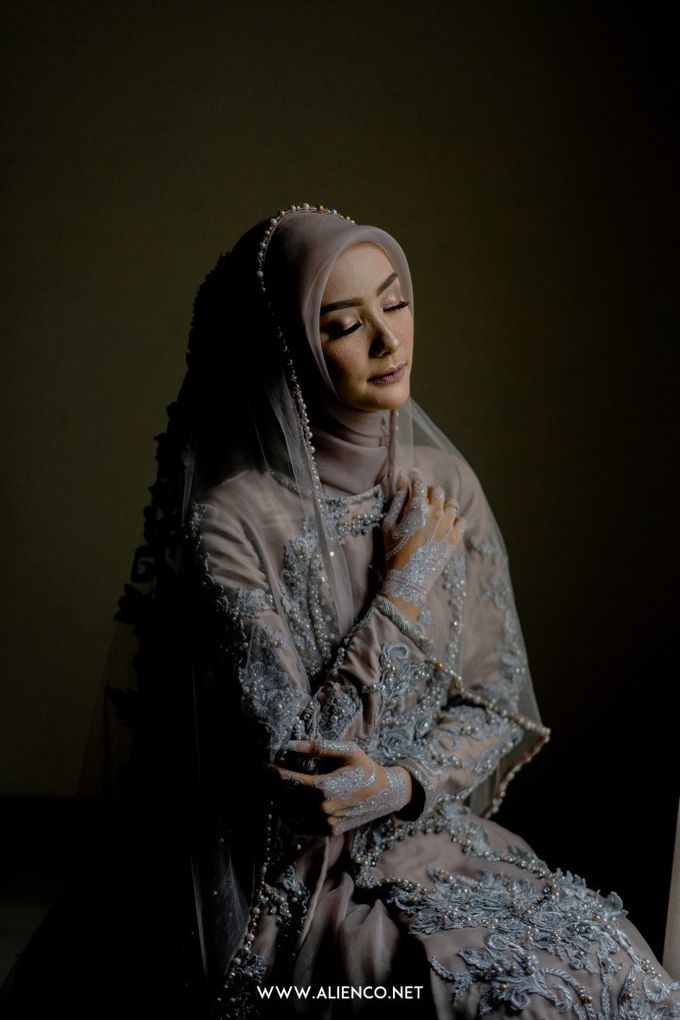 The Wedding Of Melly & Wisnu by alienco photography - 014