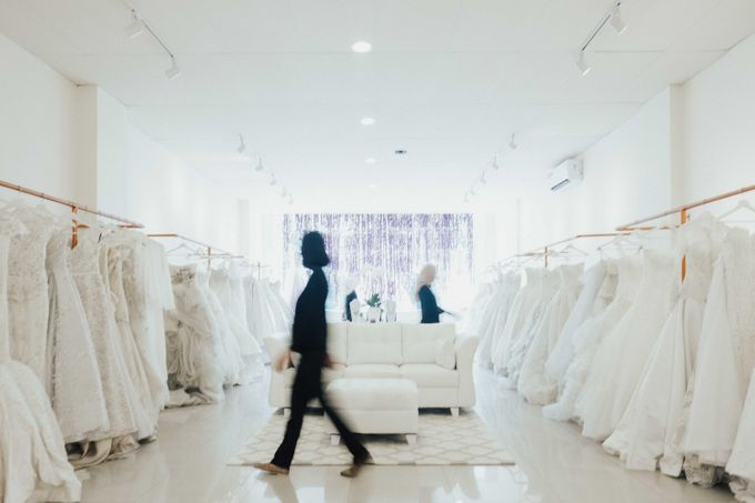OUR SHOWROOM (PONDOK INDAH & KEDOYA) by The Dresscodes Bridal - 003