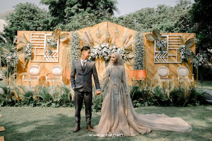 The Wedding Of Melly & Wisnu by alienco photography - 018