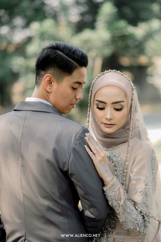 The Wedding Of Melly & Wisnu by alienco photography - 019